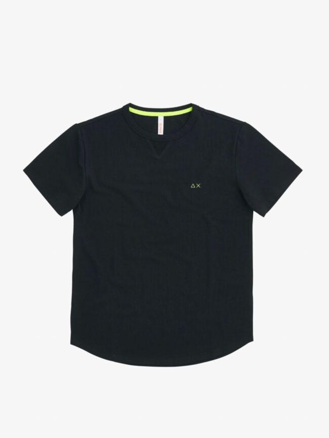 t-shirt nera sun68