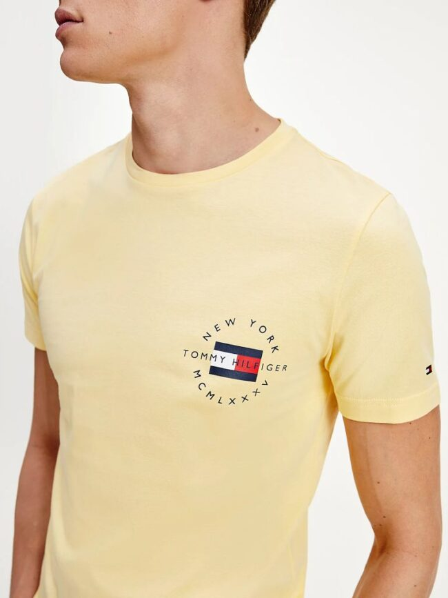 t-shirt gialla in cotone biologico Tommy Hilfiger