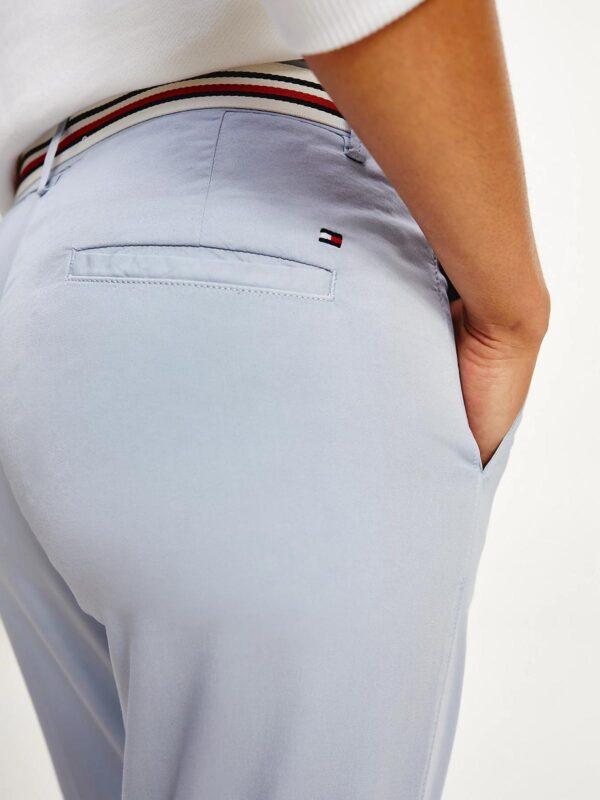 Pantaloni Celesti Chino con Cintura Tommy Hilfiger