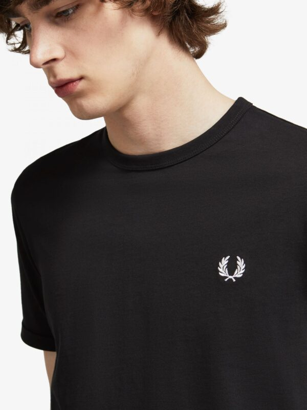 T-shirt Nera Ringer Fred Perry